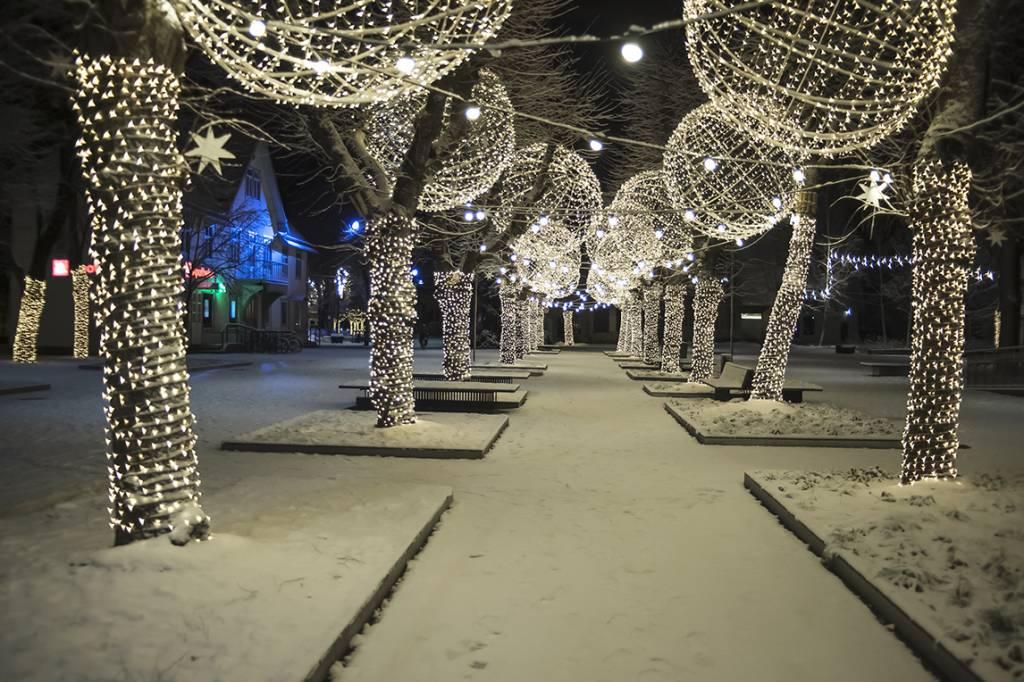 Svētku rotājumi Ogrē būs apskatāmi līdz pat februāra sākumam